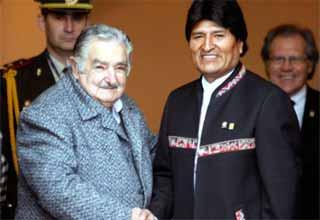 Evo-Mujica