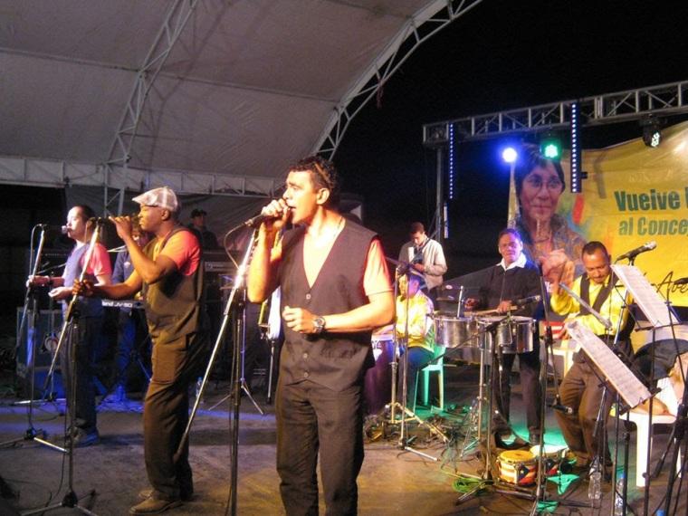 Orquesta internacional The Latin Brothers