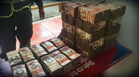 decomiso-billetes-de-cien-bolivares