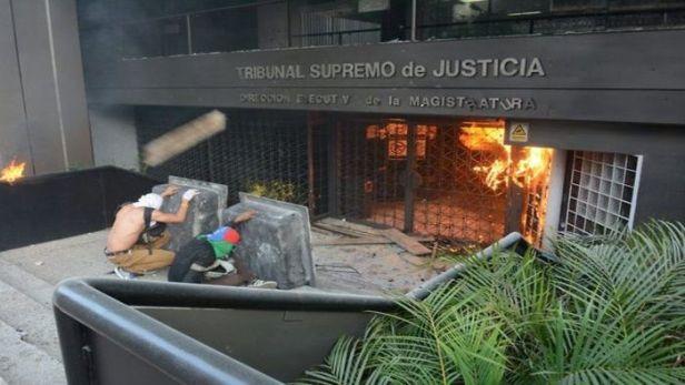 tribunal_twitter.jpg_1149960893