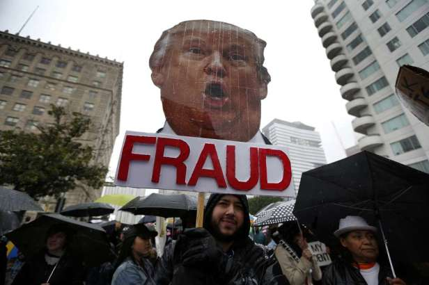 012017_11_trump-protest