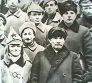 Lenin_en_reunión
