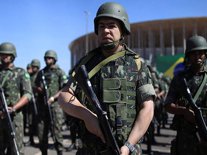 Fuerzas-Militares-brasilenas-en-la-frontera-con-Venezuela25
